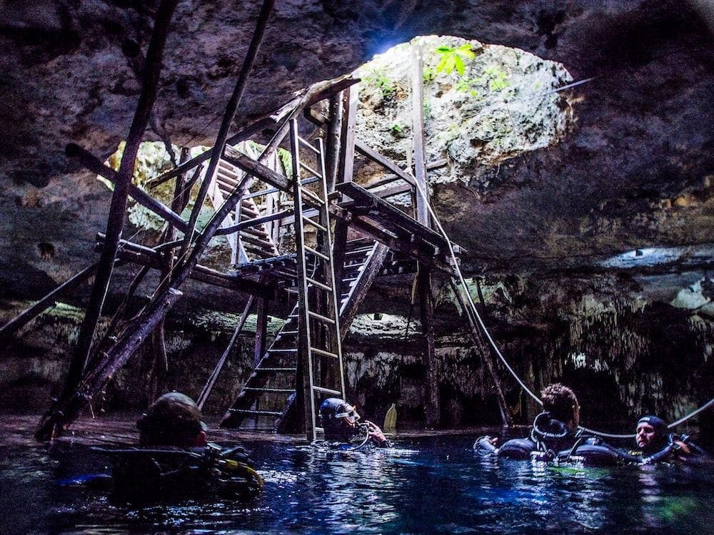 Genesis of the Cenotes