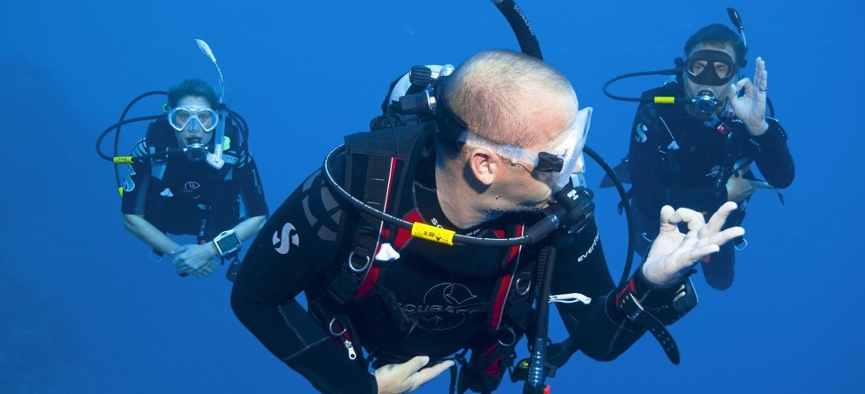 Divemaster Kurs Header